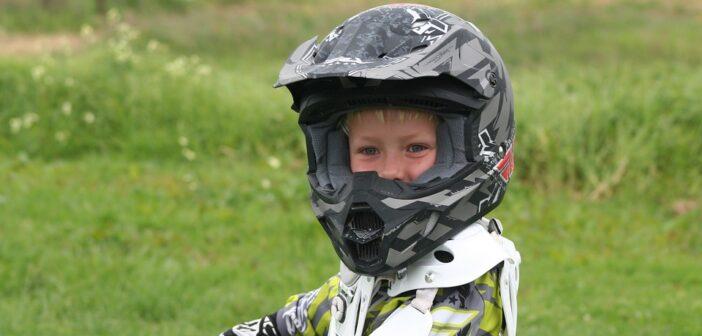 El motorcykel med barn