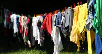 Vasketøj fra vasketøjskurv